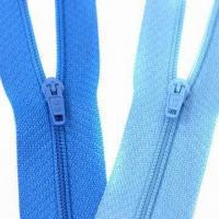 Wholesale #3 Nylon Zipper C/E P/L with Raw Material from Taiwan, Comes in Green from china suppliers
