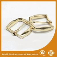 Wholesale Gold Metal Pin Buckle 25X34.7X38MM OEM Fashion Handbag Buckle Zinc Material from china suppliers
