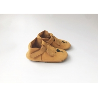 China Soekidy Soft Sole Baby Leather Shoes for Boys and Girls Size EU 19-22 on sale