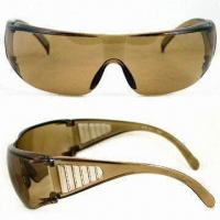 Wholesale Safety Glasses, PC Frame Available in Various Colors, Scratch-resistant Coating on Lens from china suppliers
