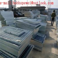 Wholesale steel grating/grid/walkway metal mesh/stair tread/various sizes used on floor or platform from HENG YOU factory from china suppliers