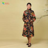 China Flower Pattern Traditional Chinese Winter Coat Black Color , Cotton Fabric Type for sale