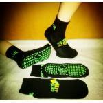 China Black Color Anti Skid Grip Socks Get Air Trampoline Park Socks Non Slip Socks For Trampoline for sale