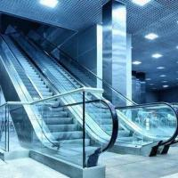 Quality Fuji Escalators with Automatic Lubrication and Demarcation Lamp, Safe and for sale
