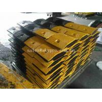 Wholesale Portable Barrier Driveway Speed Bumps Heavy Duty , Custom Rubber Speed Breaker from china suppliers