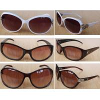 Wholesale 100,000pairs italy fashion accessories UV-anti Sunglasses stock cheap eye-wear inventory from china suppliers