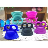 Quality 2016 newest Silicone Wearable nail polish holder ring silicone nail polish holder for sale