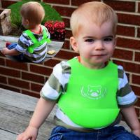 Buy cheap Free sample hot sell silicone baby bib with pocket cheap price from wholesalers