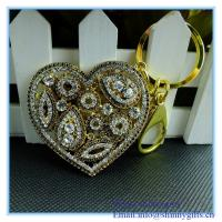 Wholesale Gold rhinestone heart shape Sparkling Charm Elegant Key Chain from china suppliers