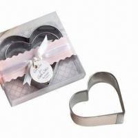 Wholesale 2-piece heart-shaped stainless steel biscuit cutters in gift box from china suppliers