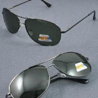 Wholesale Man′s Polarized Sunglasses (A28) from china suppliers