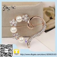 Wholesale Fashion rhinestone heart pearl brooch wholesale Women Brooch Pins Jewelry Wedding Decoration from china suppliers