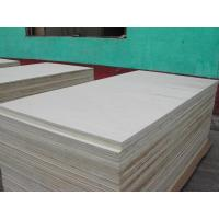 Quality Poplar platform, Size: 1245X2465MM, Thickness: 4.75MM, 8.5MM, 11.1MM,11.4MM,17.5MM,23.8MM. for sale
