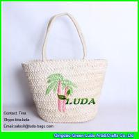 Wholesale LUDA vintage straw handbags embrodiered tree cornhusk straw beach bags from china suppliers