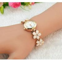 Wholesale Ladies Bracelet  Daisy Shped Chain Flower Womens Dress Watch Quartz Analog from china suppliers