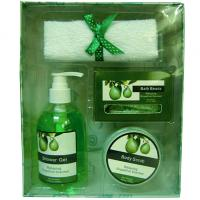 Wholesale Pear Fragrance Bubble Bath Gift Set in Paper Box with Shower Gel 250ml for Women from china suppliers