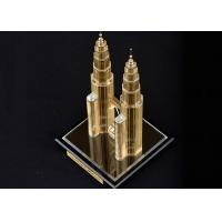 China Famous Building Crystal Decoration Crafts , Malaysia Twin Tower Tourism Souvenirs on sale