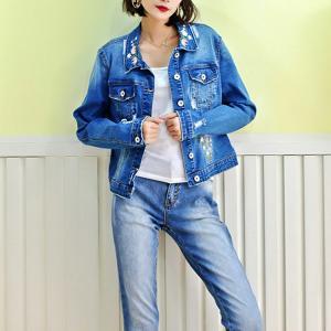 Fancy Embroidery Jeans Coat For Women , Stretch Ladies Blue Denim Jacket