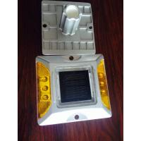 Wholesale Solar Road Stud +100% powered by sunlight + solar aluminum casting spike LED traffic light from china suppliers