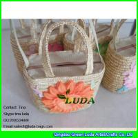 Wholesale LDMC-012 big sunflower kids handbag fashion wheat straw personalized beach bag from china suppliers
