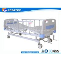 Wholesale Folding adjustable Manual Hospital Bed 2 crank With Central Braking System from china suppliers