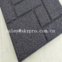 China Crossfit safety insulation gym Interlocking flooring mat rubber tile for outdoor playground or indoor gym on sale