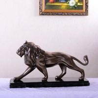 Horse head, lion king and other ornaments coated in bronze, brass and metal-alloy  appearance of brass