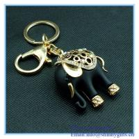 Wholesale Handmade  Funky Elephant shape metal key chain from china suppliers