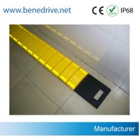 Wholesale Driveway Removable Speed Bumps , Recycled Rubber Temporary Speed Bumps from china suppliers