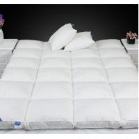 Wholesale Queen Size Luxury 0.9D Microfiber Fill Baffle Boxes with Lining Mattress Topper for Home / Hotel from china suppliers