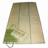 Wholesale Outdoor Straw Beach Mat, Available in Various Designs, with Comfortable Padding from china suppliers