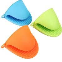 Wholesale Anti-slip Heat Resistance Silicone Ktichen Kids Oven Mitt Clip For Baking And Cooking from china suppliers