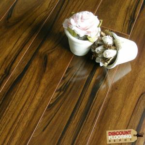 Buy cheap 8.3mm HDF laminate flooring 3.5$ per sqms FOB qingdao port from wholesalers