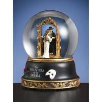 Wholesale Phantom of the Opera - Christine Mirror Scene - Water Globe from china suppliers