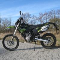 Quality Shineray 12kw 4 Stroke 250cc Supermoto Dirt Bike Motorcycle 80km/H for sale