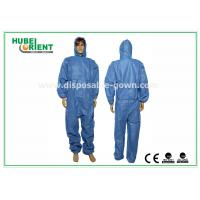 Quality Waterproof Disposable Coveralls with Hood , Nonwoven Breathable Stripping for sale