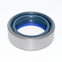 tractor front axle oil seal