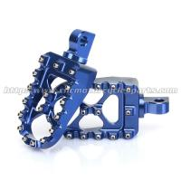 Buy cheap Teeth Replaceable CNC Billet 7075 Aluminum Harley Davidson Foot Pegs Footpegs from wholesalers