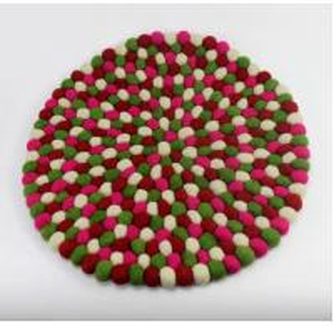 Wholesale high quality handmade lambskin wool felt ball wool sheepskin carpet from china suppliers