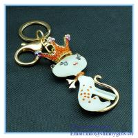 Wholesale Crystal & Rhinestone cutie cat shape metal keychain from china suppliers