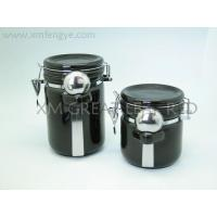 Wholesale Kitchenware black and white series ceramic canister with spoon from china suppliers