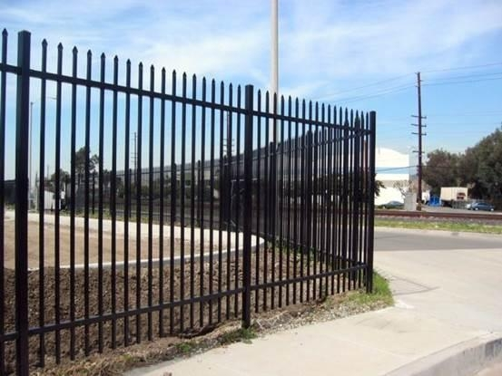 Quality Newly Designed Commercial Fence Building Residential Fence Contractors Company for sale