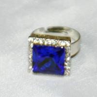 Wholesale deluxe stone with crystal ring from china suppliers