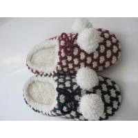Wholesale Normal Roonshoes Hand Knitted Warm And Quiet Anti-slip Indoor Slipper from china suppliers