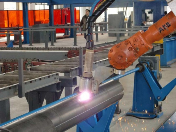 Robot Pipe Cutting And Welding Systems Of Item 43504478