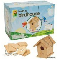 how to build a birdhouse for sparrows